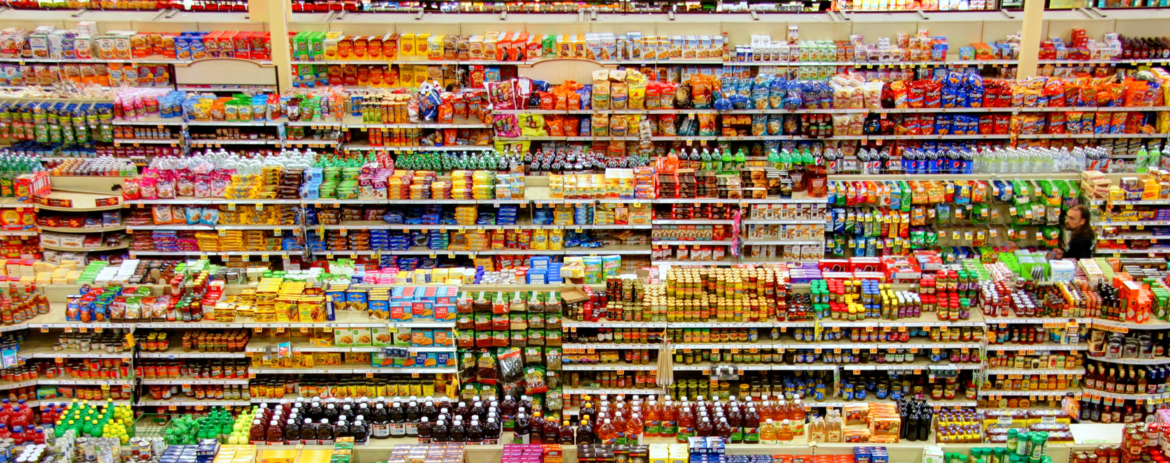 Here's Why It's So Easy to Overspend at the Grocery Store (and How to Stop)