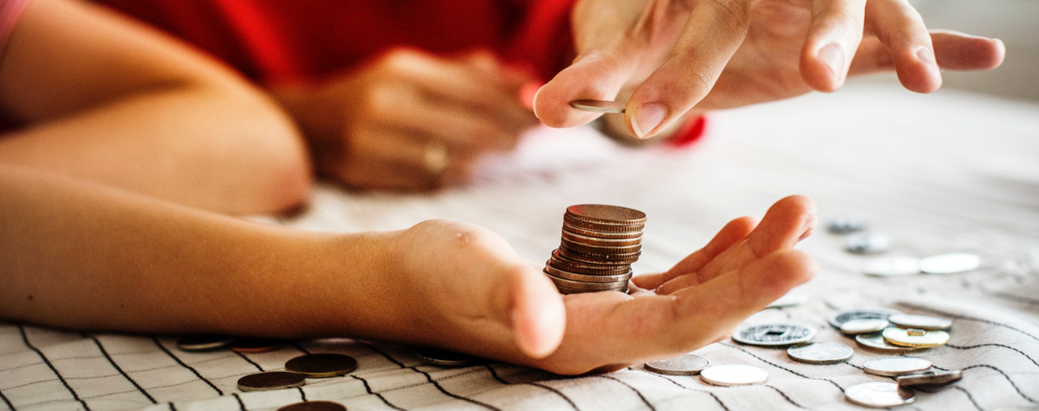 What's the Difference Between Investing and Saving?