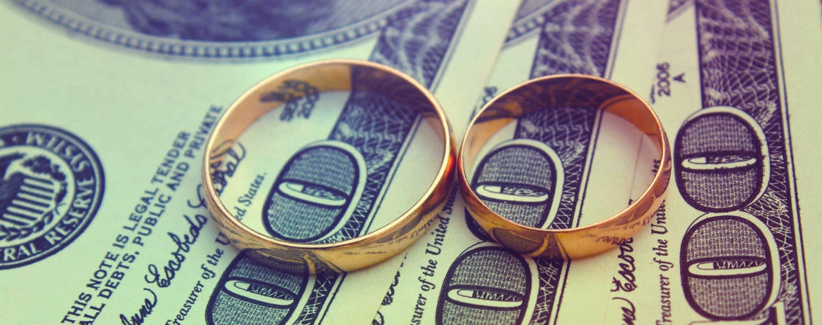 This May Be the Smartest Thing to Do With Your Wedding Gift Cash